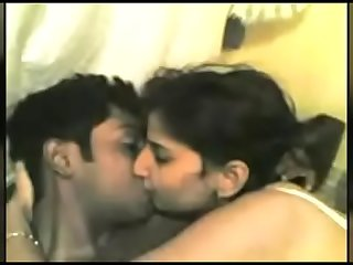 Desi Couple HomMade Sex Scandal With Hindi Audio