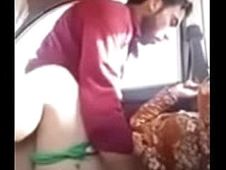 Hot Fuck caught in car blowjob