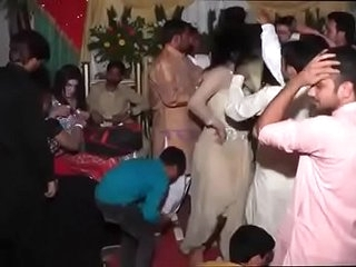 New Hot Arbic Girl On Pakistani Wedding   Mujra Dance