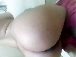Pakistani girlfriend showing her ass to boyfriend