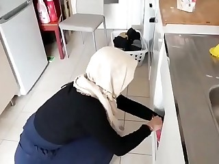 Muslim y. College girl sucking uncut cock in college pakistan