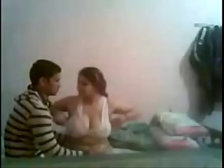 indian bhabhi having sex with her young bf